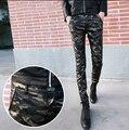 2016 Новый Тощий Военная Армия Камуфляж Мужские Кожаные Штаны Бегунов Брюки Для Мужчин Повседневная Мода Брюки 28-33 Бесплатная Доставка доставка
