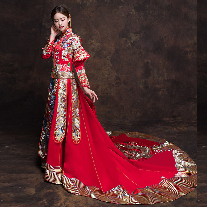 Amazing Kimono Wedding Gown Images - Images for wedding gown ideas ...