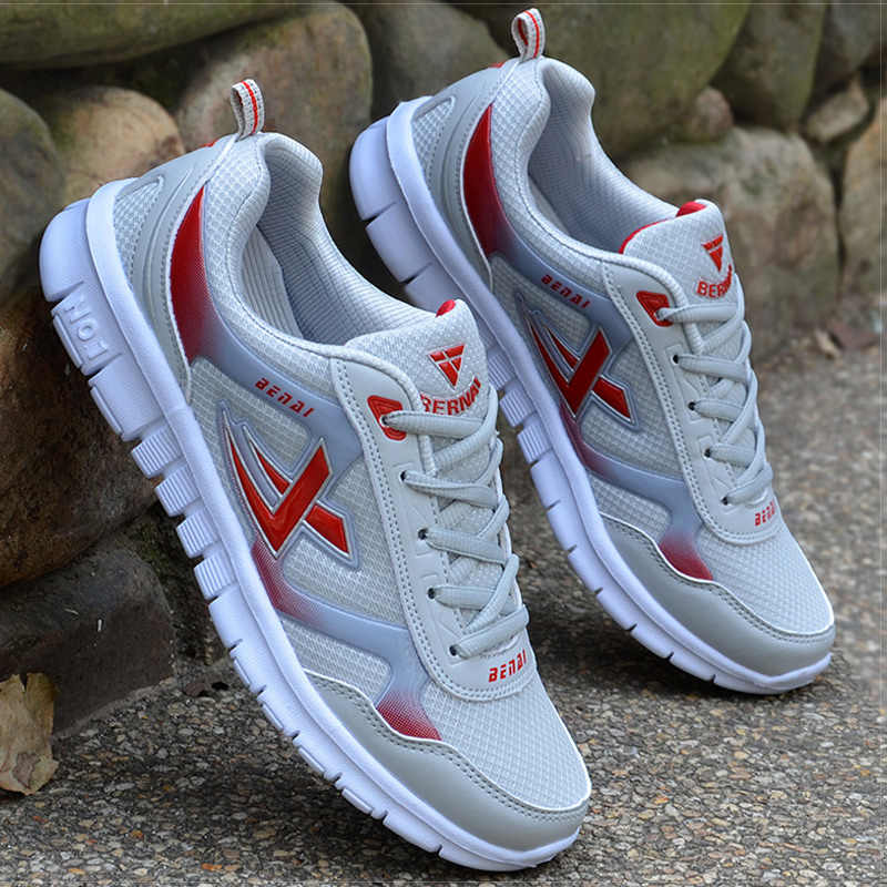 Scarpe da uomo taglia 39-46 Sneakers da uomo per adulti scarpe Krasovki traspiranti estive scarpe casual Super leggere Sneakers da uomo Tenis Masculino