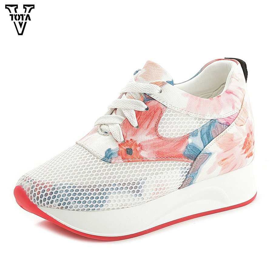 цена на VTOTA Women Sneakers Summer Women Shoes Platform Shoes Woman Wedges Zapatos Mujer Casual Air Mesh Round Toe Comfortable MBXY