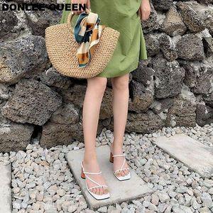 Image 4 - Sandalias de tacón alto con punta abierta para mujer, Sandalias de tacón de bloque de madera, elegantes, para fiesta, verano, 2019