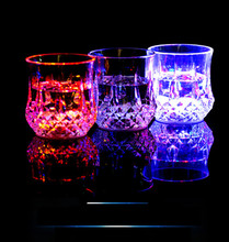 LED Cup Flashing Shot Glasses Water Induction Flashing Luminous Light Up Heron Fox Wine Coffee Set for Bar Party