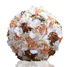 Bride Holding Bouquet European and American Artificial Flowers  Romantic Wedding Bridal Bouquets