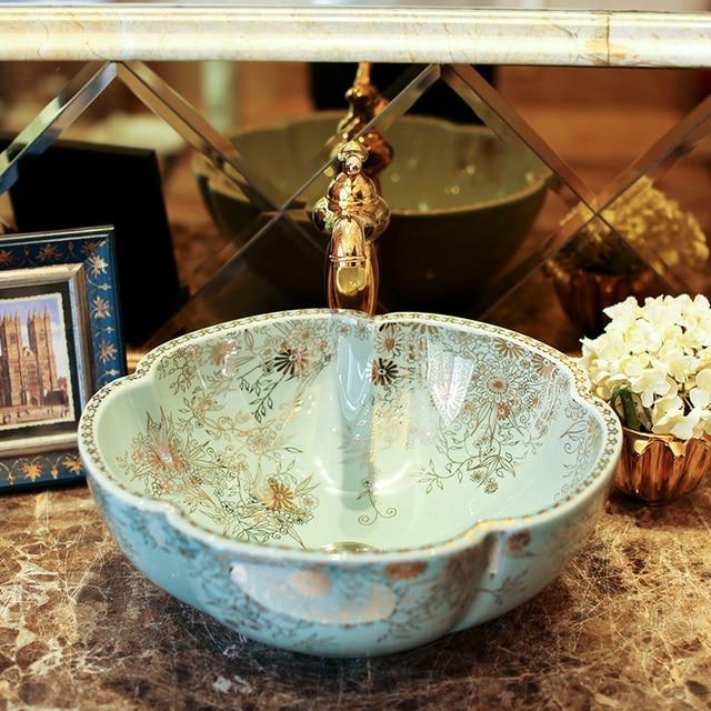 Flower Shape Handmade Europe Vintage Style Lavobo Ceramic Bathroom  Countertop Bathroom Sink European Bathroom Sinks