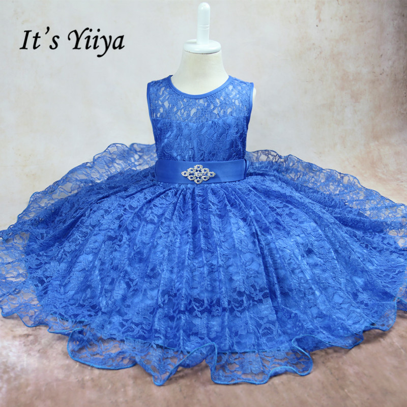 It's YiiYa Sleeveless 3 Colors O-Neck Lace Bow Crystal   Flower   Pattern Kids Princess   Flower     Girls     Dress   Children Ball Gown TS006