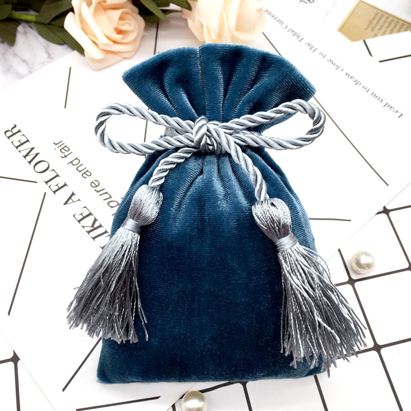 Pink Gold Velvet Bags With Tassel 11x15cm Purple Red /Blue Gray Pouches Jewelry Packing Bags Christmas Candy Wedding Gift Bags