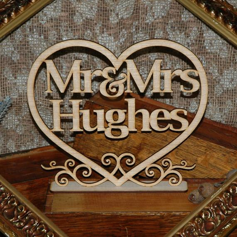 Custom Mr & Mrs Wedding Table Sign with surname Personalized Wooden Heart Wedding Decor Rustic Centerpieces