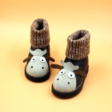 2016 nouveau Dessin Animé Vache bébé neige bottes enfants en bas âge de haute qualité Plus de velours hiver thermique bottes kawaii fleur fille chaussures