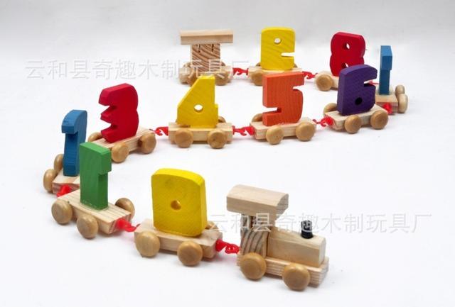 Crianças de madeira digital pequeno / crianças aprender números de trem com gancho para faixa de brinquedos educativos