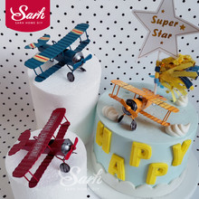 цена на Red Blue Yellow Retro Airplane Cake Decorations Birthday Party Decorations for Baking Cute Gifts