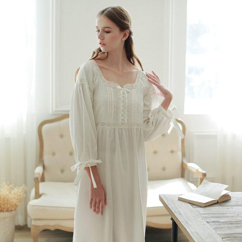 De haute Qualité Chemise de Nuit Longue Chemise de Nuit Blanche en Coton vêtements de Nuit Des Femmes De Nuit Vintage Longue Robe Pyjama Médiévale Reine chemise de Nuit