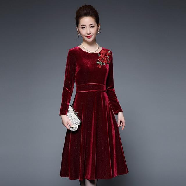 Plus size Dress M- XXXXL 4XL 5XL 2017 New Women Long sleeve A-line Red  Flower Embroidery Midi Vintage Velvet Winter dresses 23522f82ff19