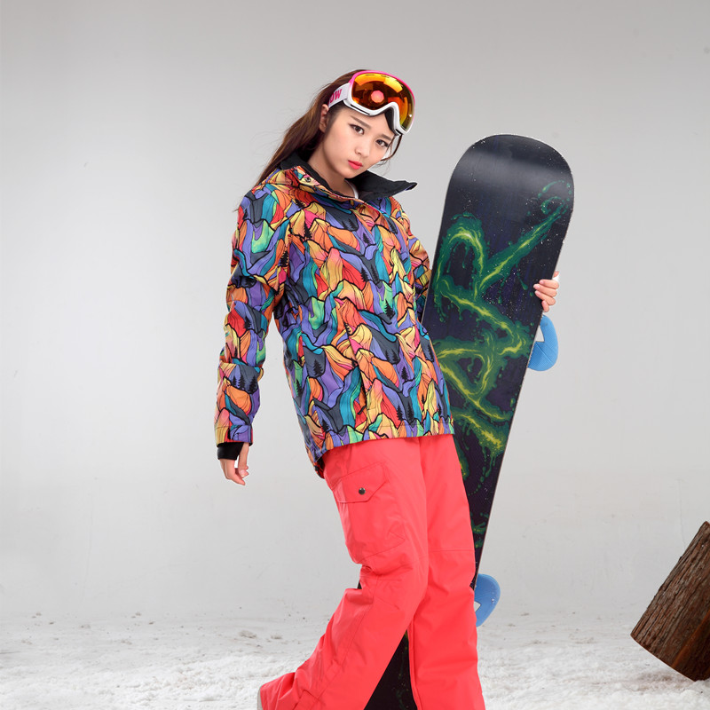 GSOU SNOWSkiing Chaquetas traje Femenino traje de esquí a prueba de viento imper