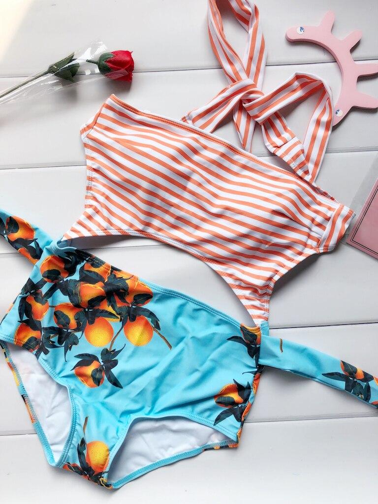 2017 New One-Piece Stripped Swimsuit Bathing Suit Swimwear Beachwear For Women