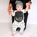 Recién nacido 0-24 m de Los Bebés Ropa de Manga Corta de Verano. cartas Jefe superior + Flecha Patrón pantalones 2 unids Ropa Toldder Niños Trajes