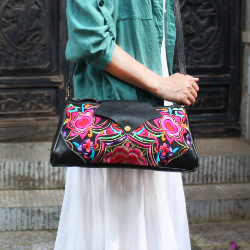 Ethnic genuine leather embroidered women handbags Fashion Classic Black Soft leather Shoulder Messenger Bags ethnic embroidered black cami dress for women