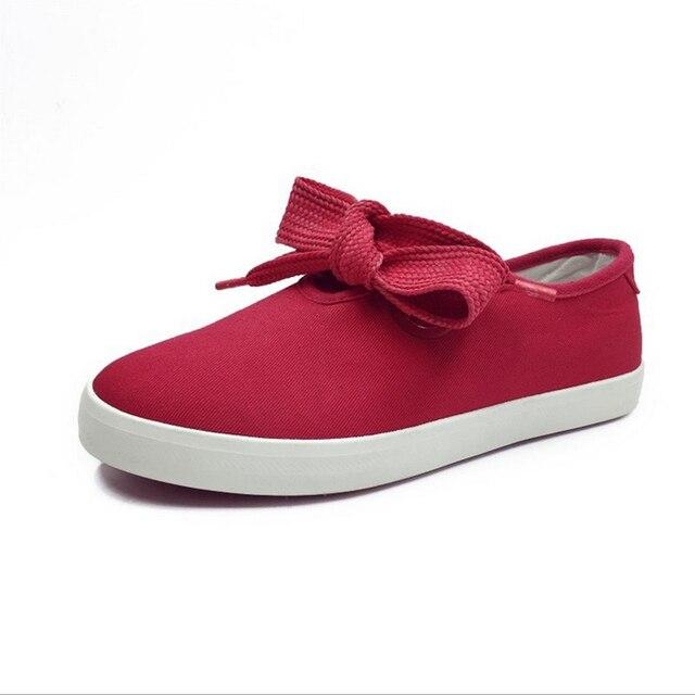 2017 mujeres del verano del resorte zapatos de lona blancos femeninos Vulcanizan Los Zapatos superficiales bajas transpirable plana con zapatos de la señora negro rojo