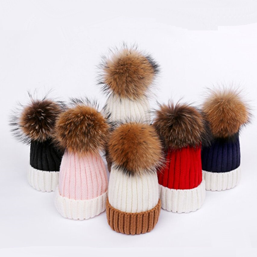 KNB045 Children baby knitted hat Winter boy girls patchwork real raccoon fur pom pom knit skullies beanies caps bonnet gorros 2017 1 6 years real fur winter hat raccoon pom pom hat for children baby thick boys hat girls pink caps knitted beanies cap