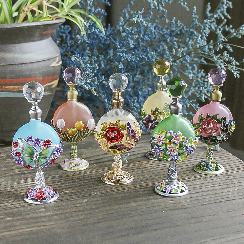 H&D Women's Fashion Glass Refillable Perfume Bottle Empty Container Essentiol Oil Bottle Wedding Home Decor X'mas Gift(6 Styles)