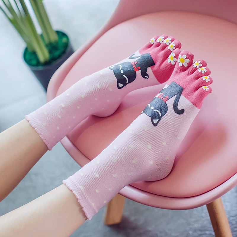 3 Pairs Cotton Lady's Five Finge Socks Cartoon 5 Toe Socks Womens Cute Japan Cat Socks With Separate Toes