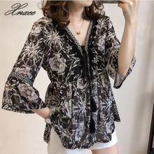 Summer Chiffon Large Size Loose V-neck Blouse Tassel Bottoming Was Thin Trumpet Sleeve Chiffon