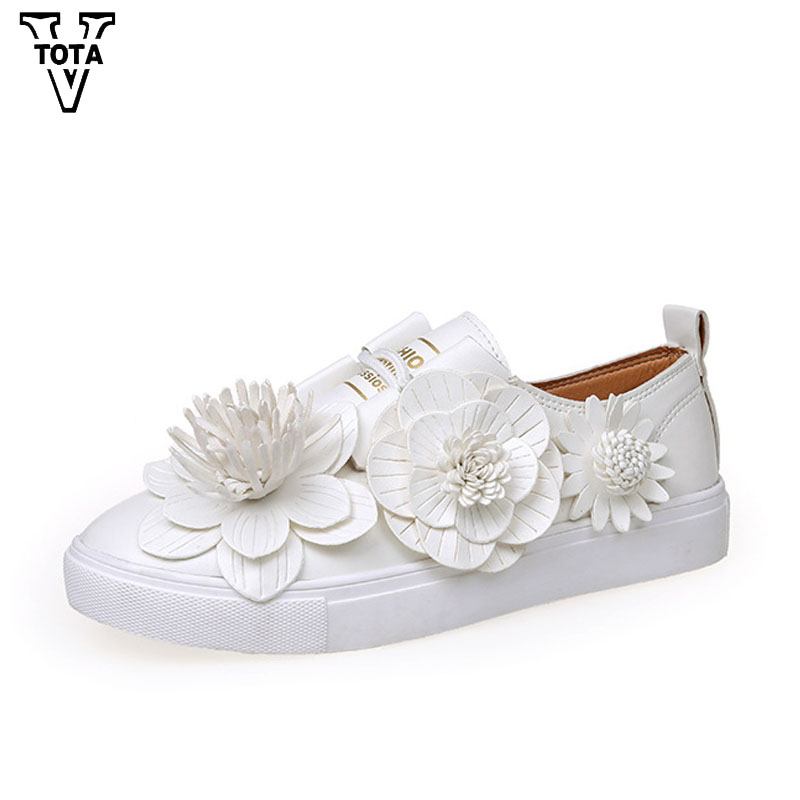 VTOTA Fashion Women shoes Handmade Shoes Woman Platform Loafers Lace-Up Flats Casual Flowers Women Creepers Zapatos Mujer FCp4 phyanic 2017 gladiator sandals gold silver shoes woman summer platform wedges glitters creepers casual women shoes phy3323