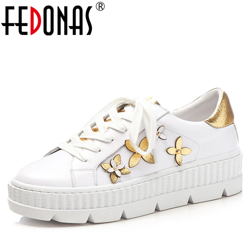 FEDONAS1New Women Basic Flats Round Toe Genuine Leather Spring Autumn Sneakers Casual Brand Metal Flowers Decoration Shoes Woman asumer white spring autumn women shoes round toe ladies genuine leather flats shoes casual sneakers single shoes