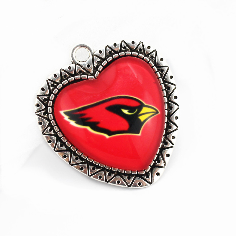 10pcs/lot team football Arizona Cardinals Sports Heart glass pendant Dangle Charms DIY Necklace Hanging Charms Jewelry