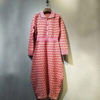 Розовое платье в клетку для Для женщин элегантная одежда с длинным рукавом отложным воротником Подпушка воротник вязаное платье зимние диз