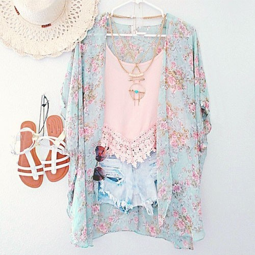 Nye Ankomster 2018 Dame Bluser Plus Størrelser Blomster Cardigan Dame Toppe Chiffon Batwing Bluse Kimono Cardigan Chemise Femme XXXL