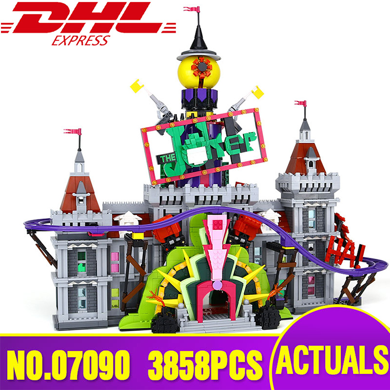 Lepin 07090 Hot-sale Super Hero Series The Joker`s Manor Set Legoing 70922 Building Blocks Bricks Christmas Children Boy`s Gift it s boy marianne richmond