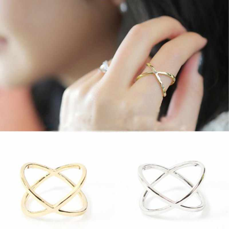 C423 Fashion Vintage Cross Rings for Women Cheap Jewelry Gold Color 3D Knuckle Finger Ring Wedding Engagement Party Ring Gift