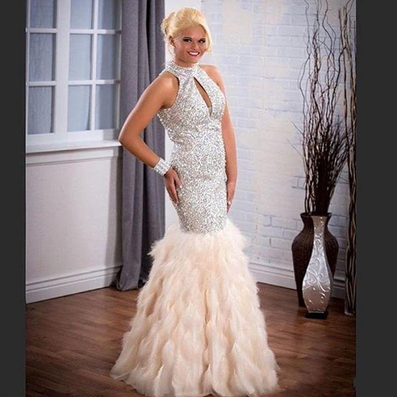 651563e4ea2ec Sparkling Beaded Prom Dresses With Feather Sequins Backless Formal Party  Evening Gowns Plus Size Halter Mermaid Prom Dress-in Prom Dresses from  Weddings ...