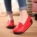 Zapatos de mujer de Cuero Nnatural sacudiendo Plataforma 2016 zapatos de las cuñas de la plataforma de las mujeres aumentó zapatos de tacón alto de moda casual