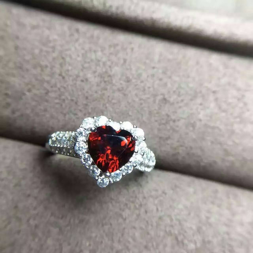 Natural red garnet stone Ring Natural gemstone Ring S925 sterling silver trendy Elegant Romantic heart women party gift JewelryNatural red garnet stone Ring Natural gemstone Ring S925 sterling silver trendy Elegant Romantic heart women party gift Jewelry