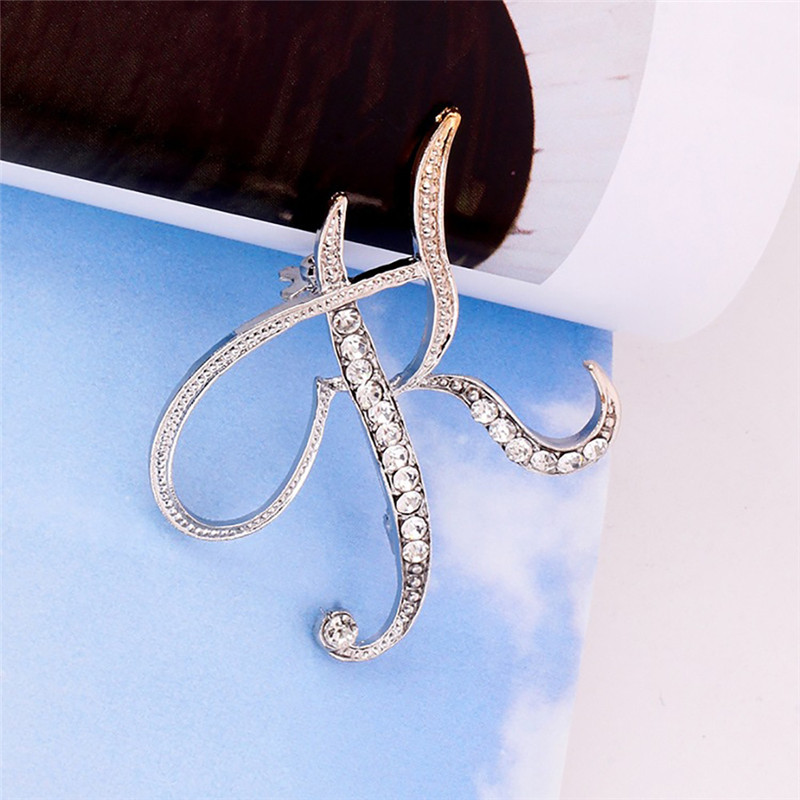 Fashion Jewelry Winter Accessorie Crystal 26 English Letters Brooch Pin  Couple  Memorial Jewelry Love Gifts Drop Shipping M#2