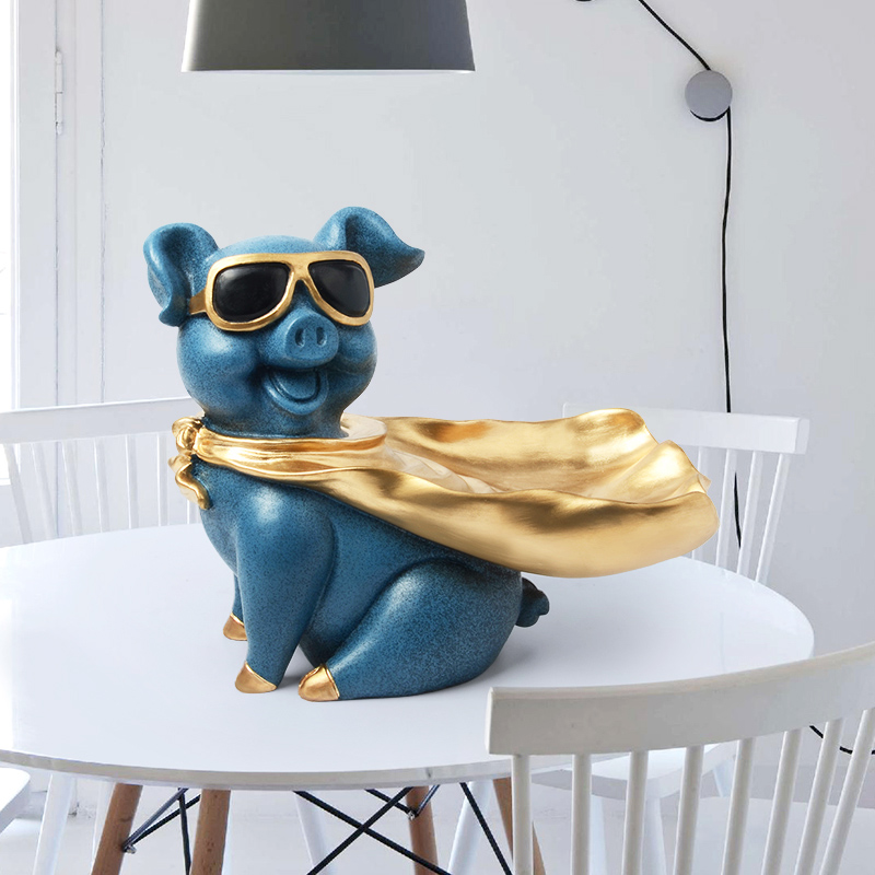 Fun pig cloak with resin statue decoration Unique Superpig living room candy storage holder