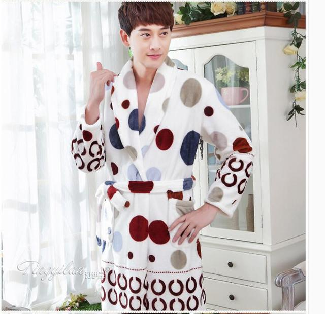 Autumn and winter men's robe flannel bathrobe thick long sleeved  Coral Fleece Pajamas leopard special offer  new fashion WD099