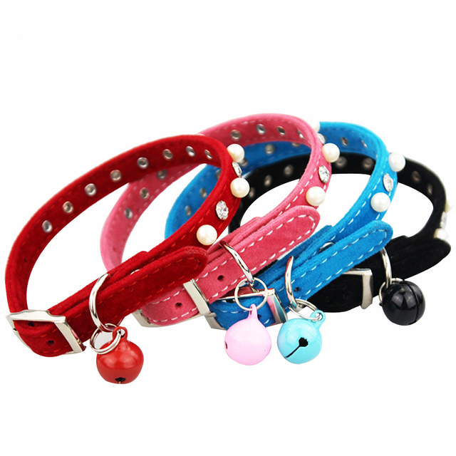 Cat Small Dog Personality Collar with Bell Diamond Pearl Retractable Necklace Flokcing Collar for Cat Puppy Pet Supply