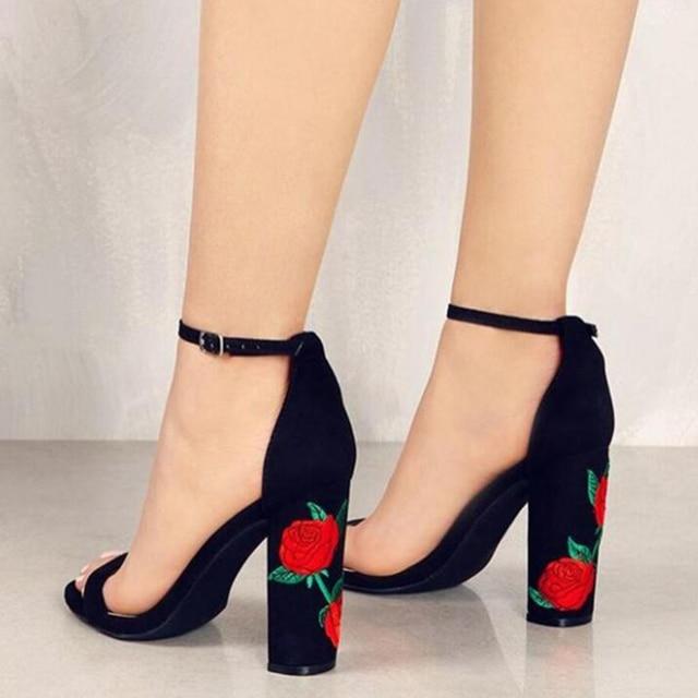 0bf1439d Plus size marka kobiety wysoki obcas kwiat róży modny haft buty na wysokim obcasie  buty ślubne