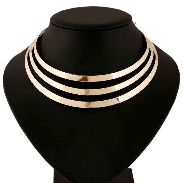 Banhado a ouro metal oco out curto clavícula gargantilhas colares colar de mulheres fantasia bijuterias