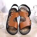 Sandálias das crianças Para um Menino de 2016 Crianças de Verão Sapatos Meninos Sandálias Cor Borwn Azul de Alta qualidade Fivela Rebites Crianças calçado