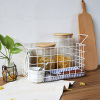 Nordic Ins Desktop Debris Storage Baskets Modern Vogue Iron Metal Food Basket Bathroom Towel Storage Basket Handing Organization