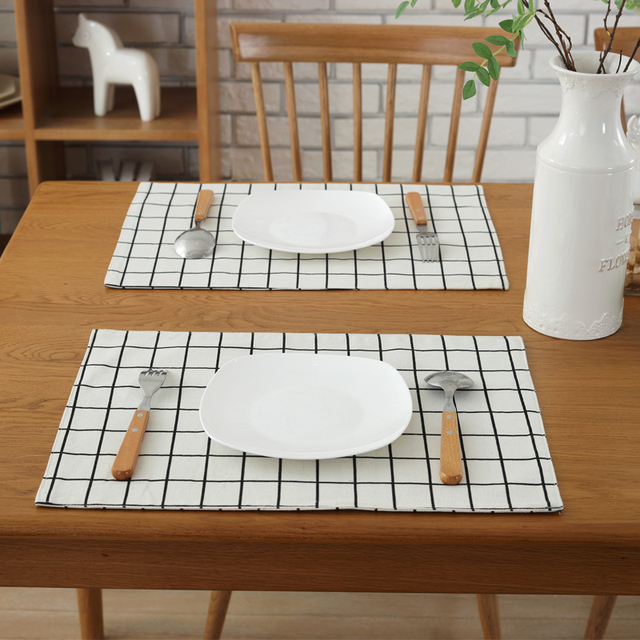 4pcs/lot Canvas Placemat Printing Lattice Stitching Dining Table Mats  Coasters 32*45cm Kitchen