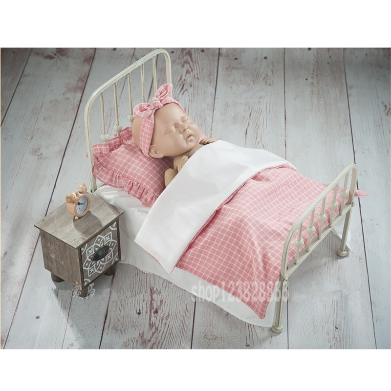 Newborn Baby Photography Props Baby Retro Detachable Small Bed Pink Pillow Dresser Props Newborn Posing Baby Photography Props
