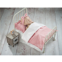 Newborn Baby Photography Props Retro Detachable Small Bed Pink Pillow Dresser Posing