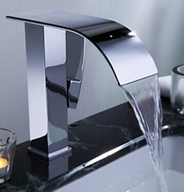 ФОТО New arrival high quality  brass material chrome plating single lever new design bathroom water fall sink tap basin faucet