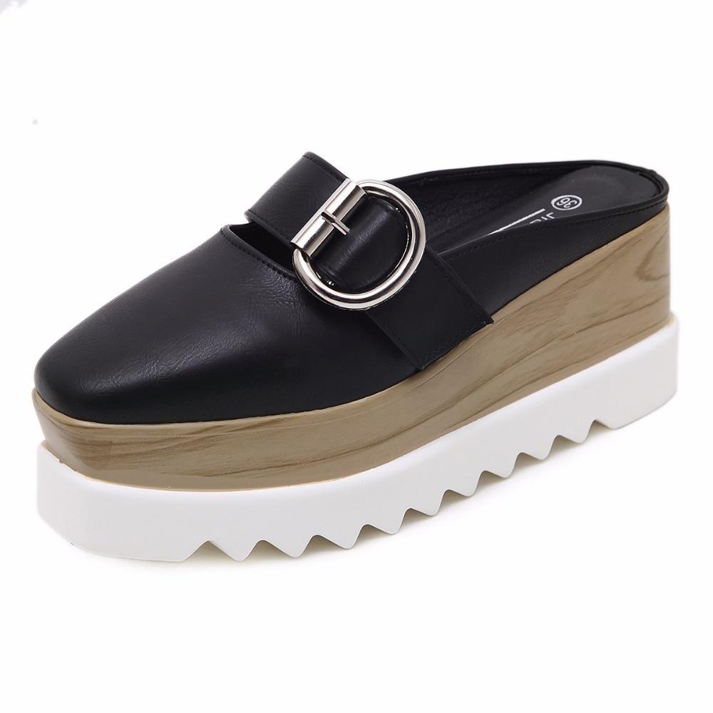 المرأة منصة أحذية رياضية اللعاب كعكة سميكة أحذية البريطانية أزياء نمط حذاء نسائي كاجوال-في أحذية نسائية مسطحة من أحذية على  مجموعة 1