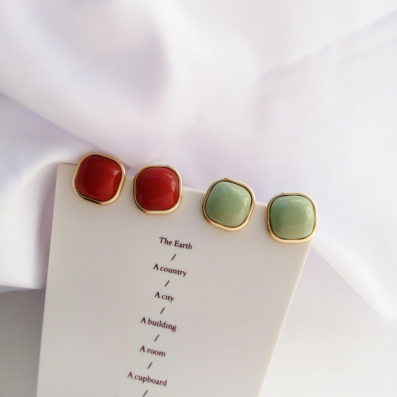 Retro fashion contracted earrings Joker metal earrings earrings geometric trend Beautiful ladies earrings wholesale 3