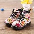 Девушки Сапоги водонепроницаемый весна Детская Обувь Цветок Печати Детская одежда Обувь Мартин Сапоги Случайные Кожаные девочек, модные ботинки